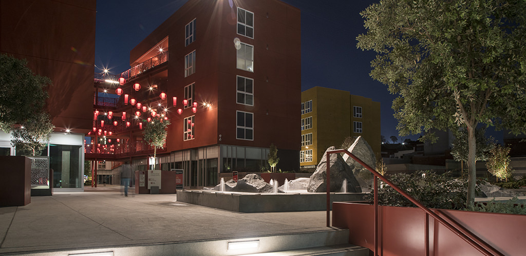 Slideshow image for Blossom Plaza Mixed-Use Parking Structure