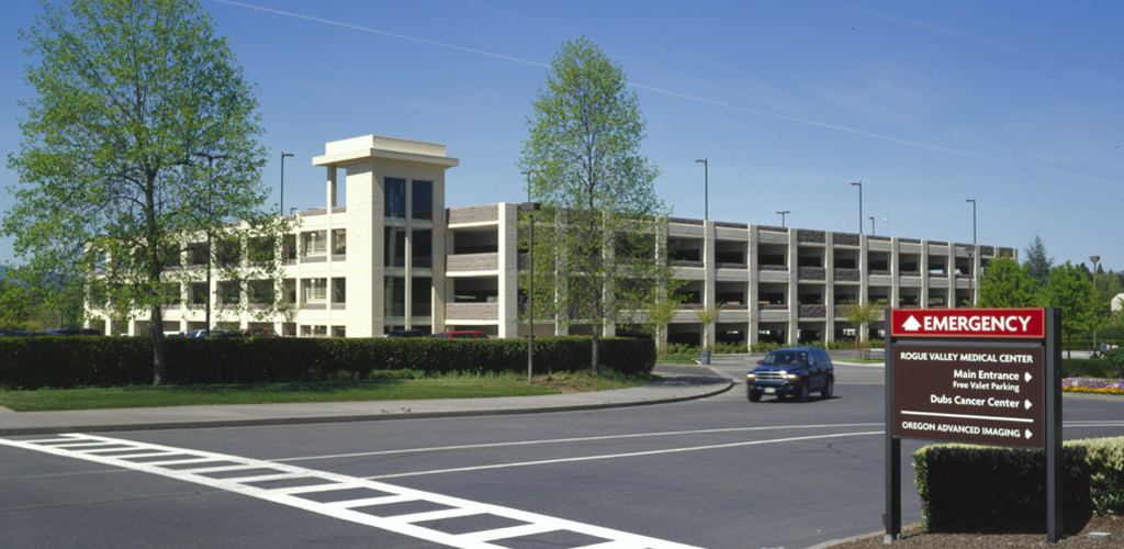 Slideshow image for Rogue Valley Medical Center Parking Structure