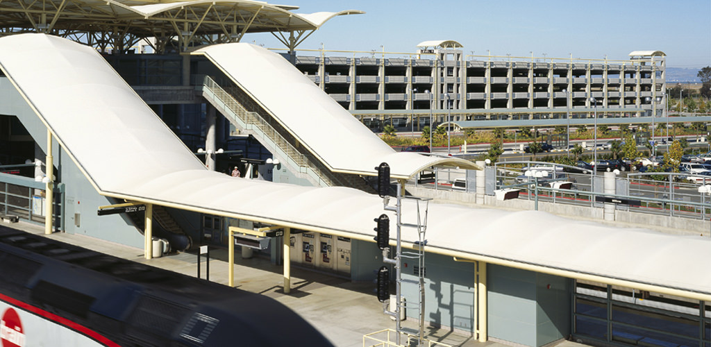 Slideshow image for BART Millbrae Parking Structure